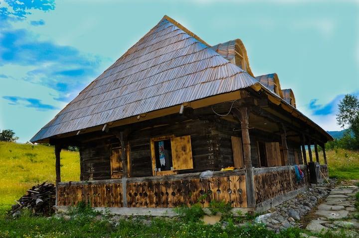 Maramures Casa din deal - experienta rustica
