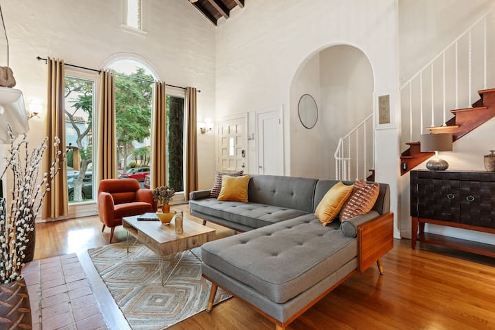 Private Villa✶Near Beverly Hills✶ Long Term Stay