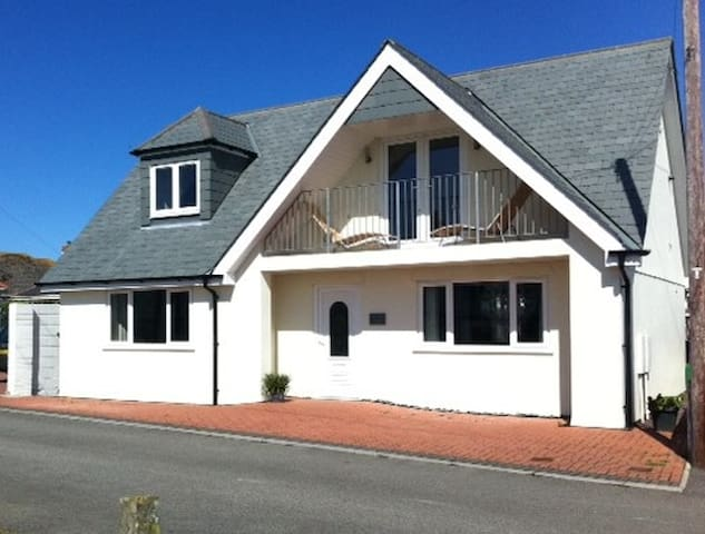 Wonderful Beach House 250m From Sea - Newquay - House