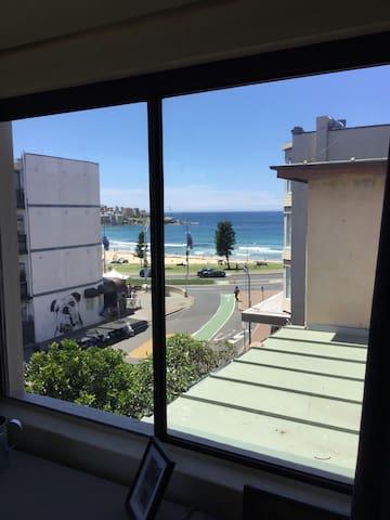 Large and stylish Beachview Private - Bondi Beach - Apartamento
