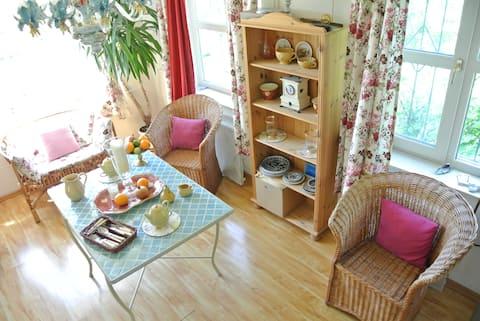 Cute cottage 60 km from Kiev