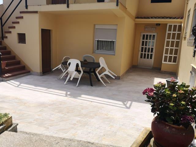 Perbes, casa muy cerca de la playa