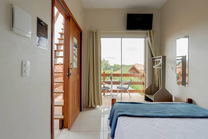 Loft Origin - Guarda beach with balcony and AC!