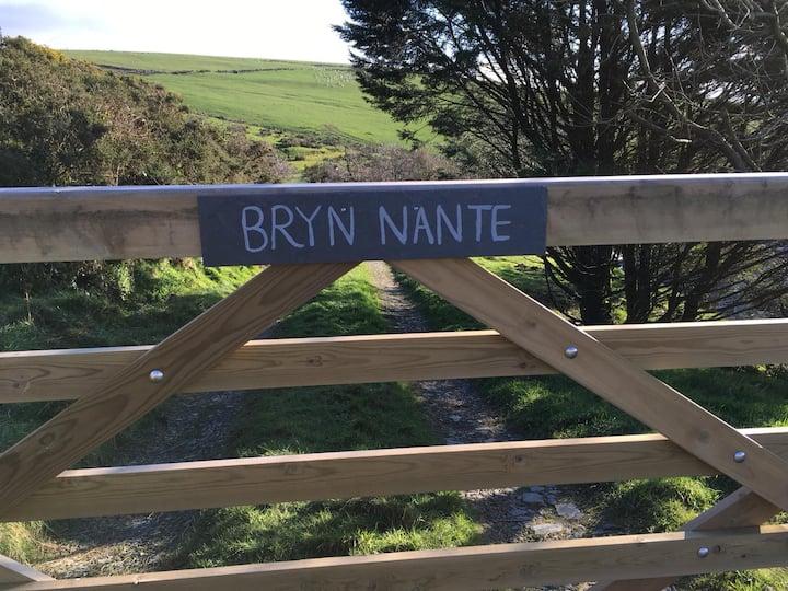 Bryn nante - unique hilltop character cottage