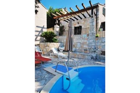 Villa Bombo (V1541-K1) - Opuzen