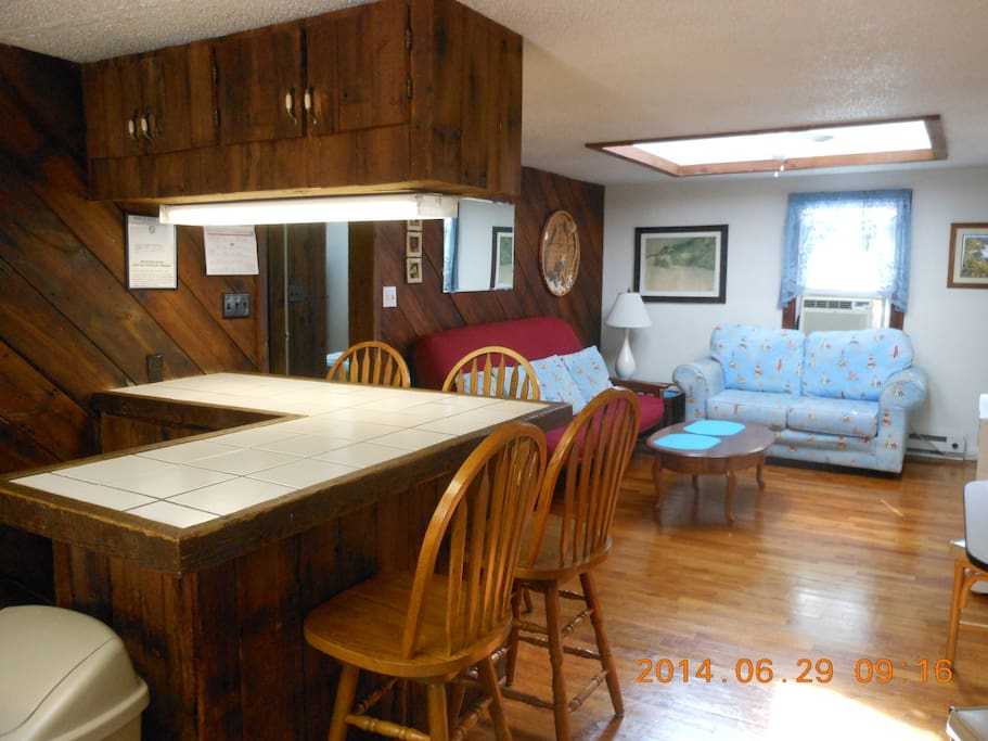 2 Bedroom Apt Portnstarboardapts Apartments For Rent In Ocean City Maryland United States