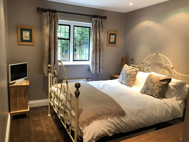 2nd bedroom with dressing table, The White company bedding, wardrobe and  TV/DVD
