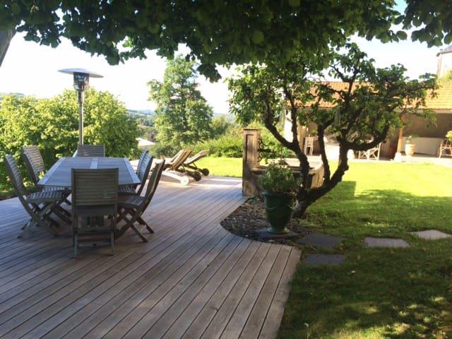 Maison de caractère proche Annecy / Aix-les-Bains - Cusy - House