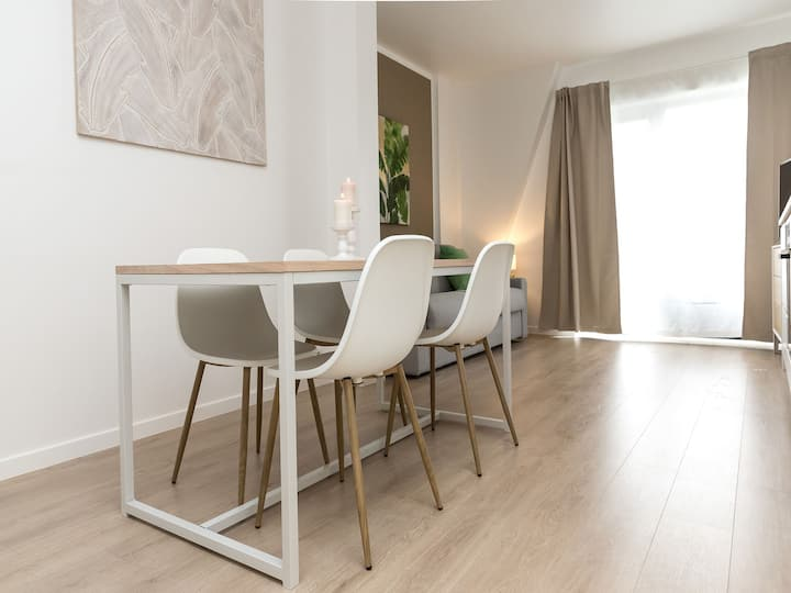 Brussels' European District Studio Apartment A