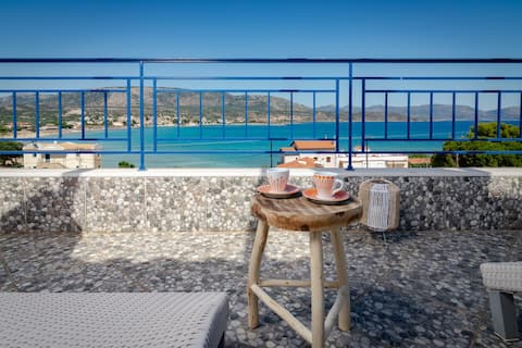 SeaView flat few meters from the Beach