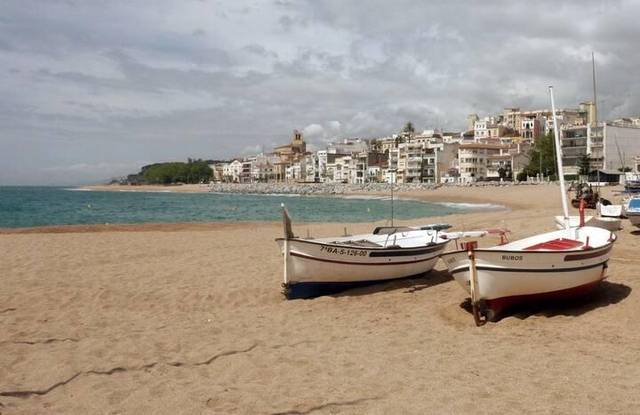 Apartamento frente al mar con calitas naturales