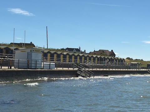 Bungalow-on-Sea