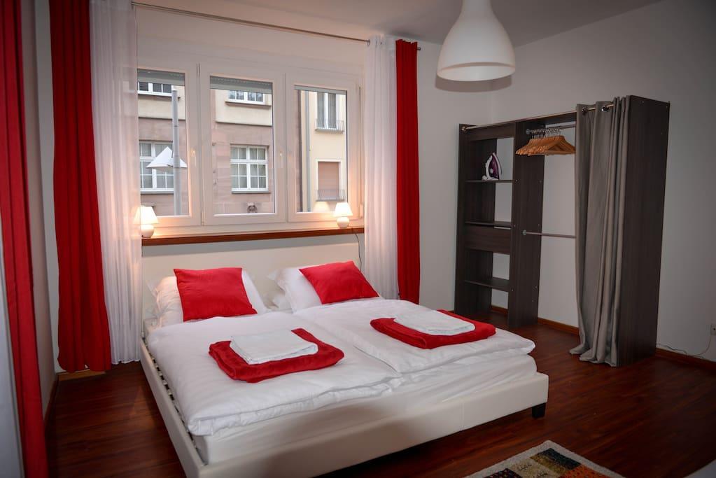 sehr zentrale und ruhige 3 zimmer wohnung n rnberg. Black Bedroom Furniture Sets. Home Design Ideas