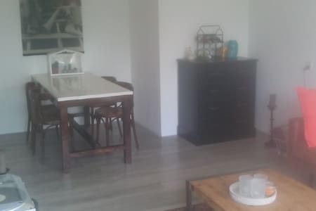 Complete apartment in Haarlem - Хаарлем