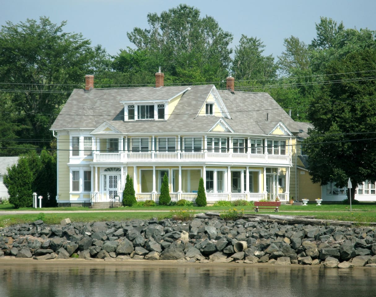 Governor's Mansion as viewed from the river