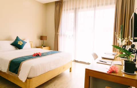 Suite Double with balcony - Minh Nhung Hotel