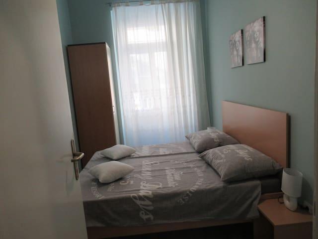 Rijeka Apartment - Quiet street in the City Center