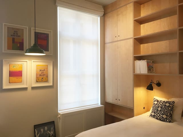 Stylish & comfortable room in the Center of Bxl 2