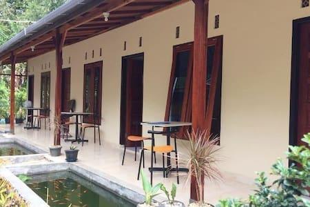 Guesthouse Rumah KayuKu (1) - Mandiangin Koto Selayan