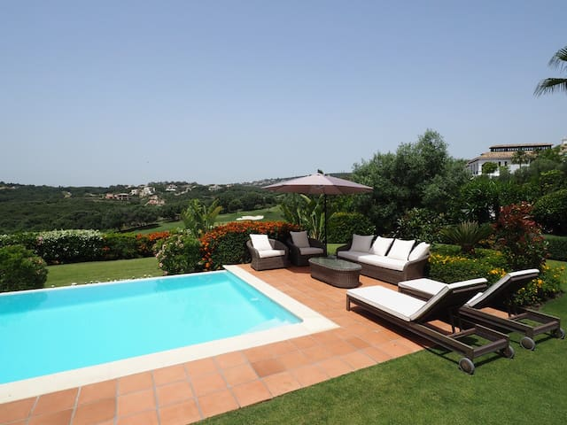 Amazing villa for rent in Sotogrande - San Roque - Villa
