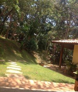 Chalé Privativo próximo ao Inhotin, Brumadinho - Brumadinho - Pensió