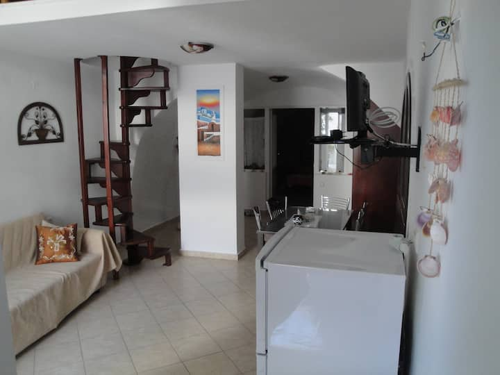 Traditional cave House for 5 , Fira-Santorini