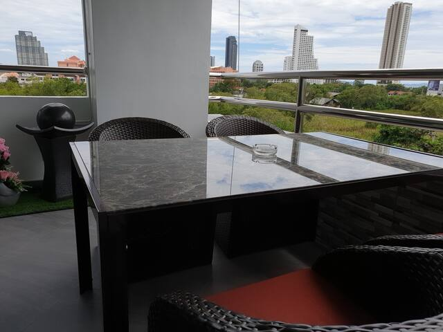 Kosin Room Jomtien/Pattaya 35 m² Deluxe NEU !!!