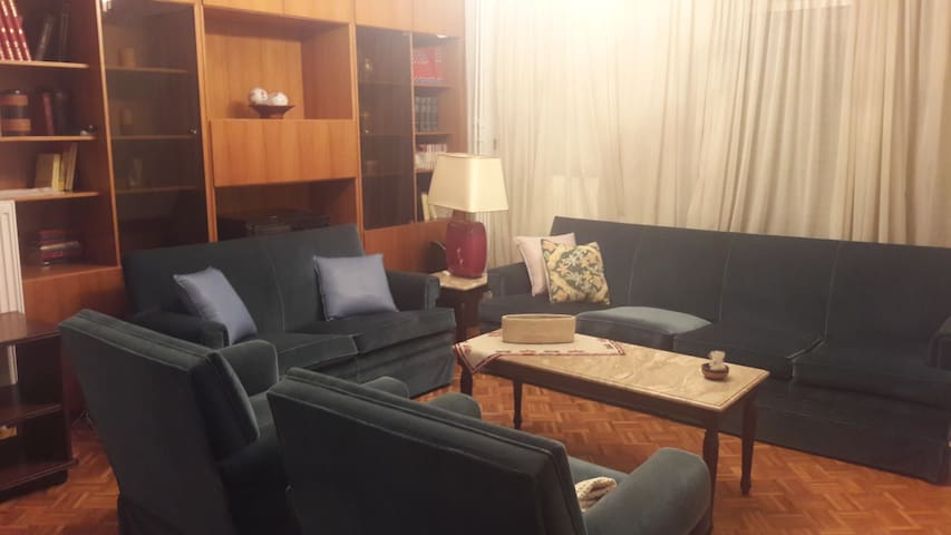 CENTRAL APPARTMENT FOR TWO
