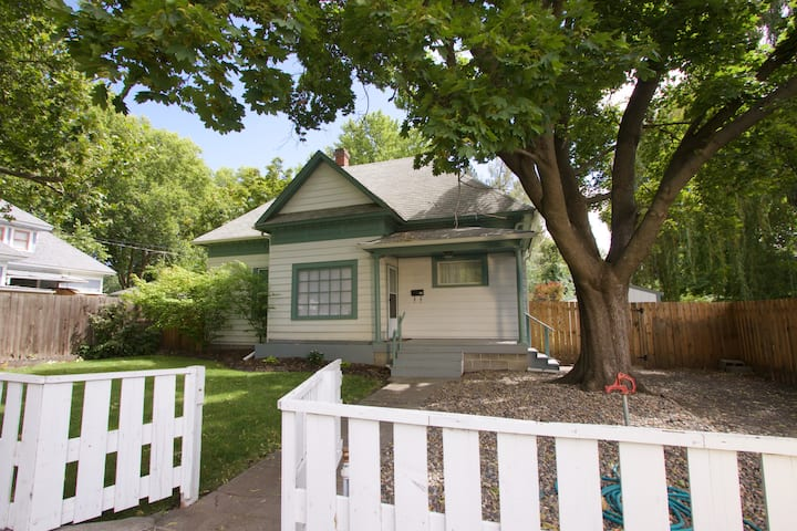 Whitman Bungalow