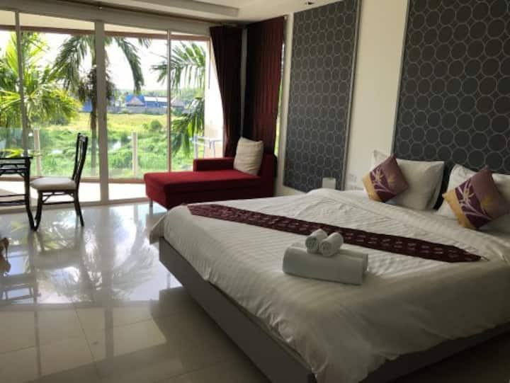 Clean & Comfy Suite Room at Sivana Place