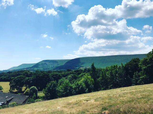 The Herdwick - Luxury Shepherd Hut
