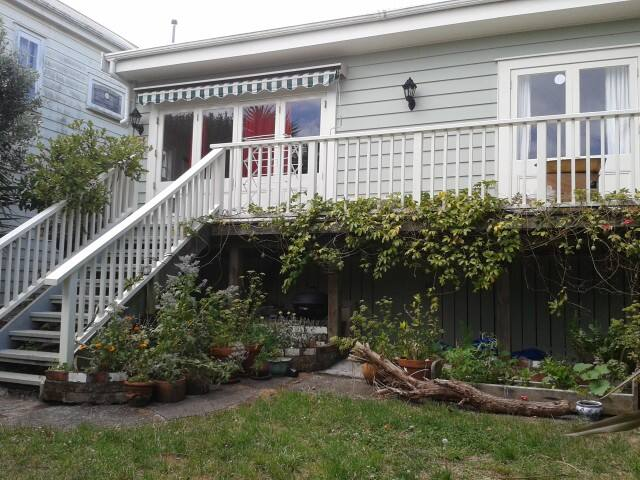 Central Devonport - Auckland - House
