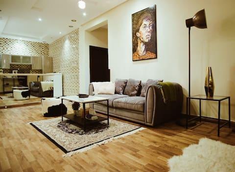 شقة مع مدخل خاص غير مشترك