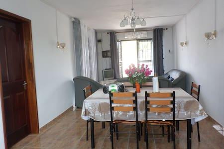 Flic en Flac Appartement - Coteau Raffin - Apartament