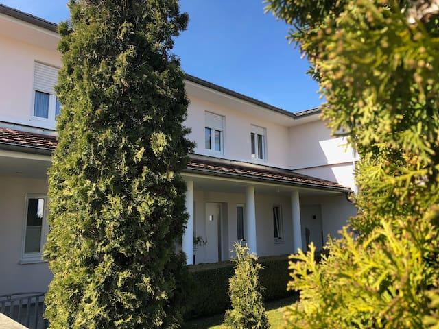 Zuhause mit Aussicht und Platz nähe Bad Gögging
