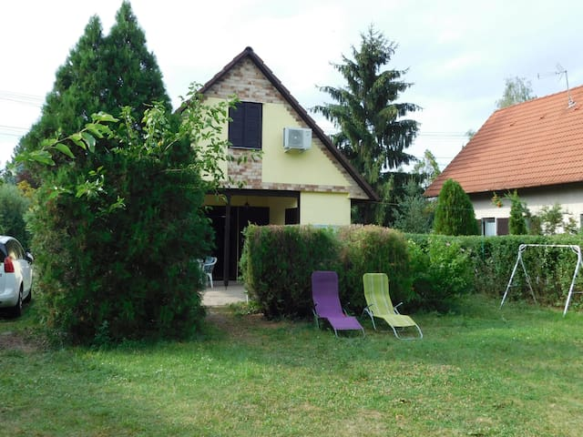 House for 6+2 persons in Agard R79555