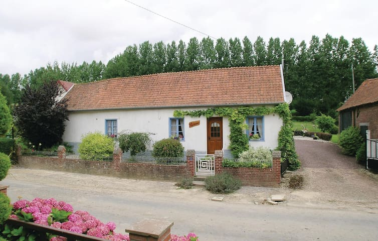 Holiday cottage with 3 bedrooms on 120 m² in Caumont