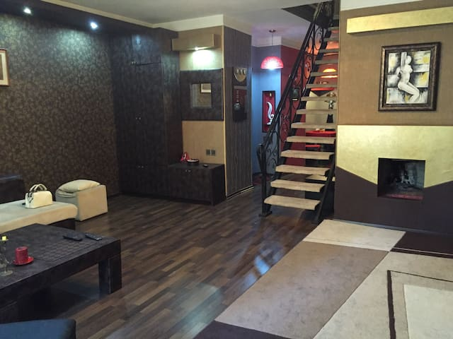 Duplex , centr of the city, 3 room - Baku - Pis