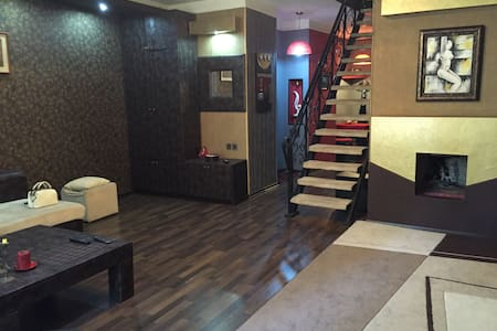 Duplex , centr of the city, 3 room - Baku - Apartment