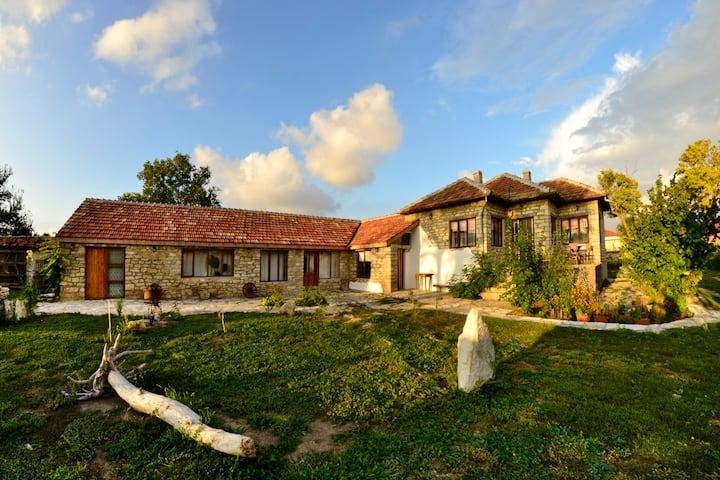Stone Villa Close To The Sea