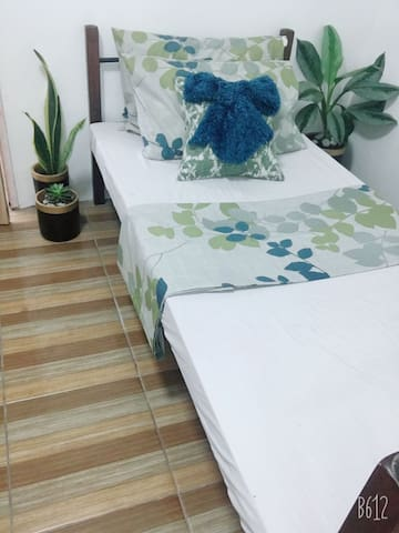 Tita Gigi's Kubo,14 Private Rooms near SM Fairview