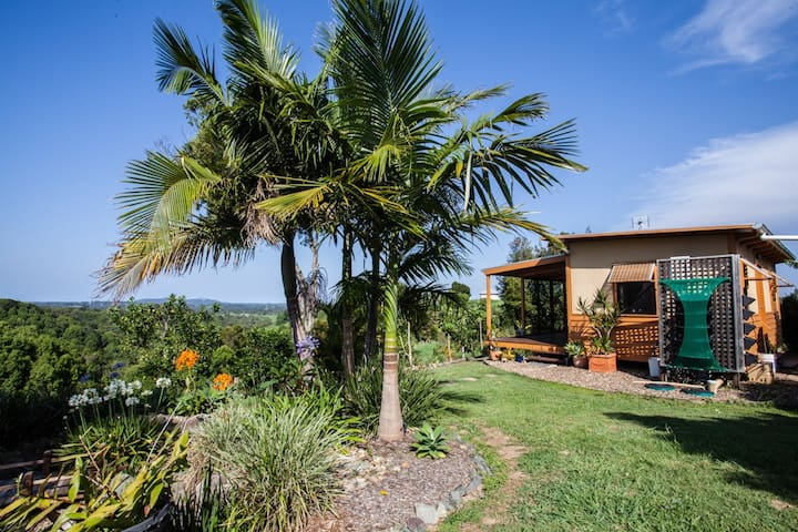 Bewell Eco Cottage Great Views! - Cooroy - Cabane