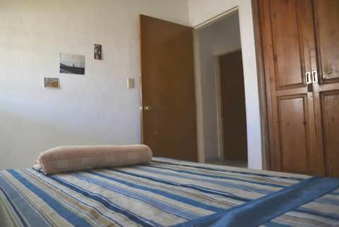Habitación, café y desayuno, Bedroom & breakfast