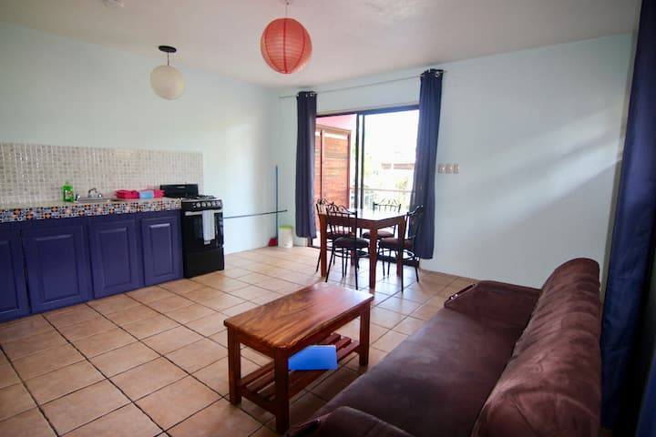 Large Private Suite close to Beach AC/HotWater  #1