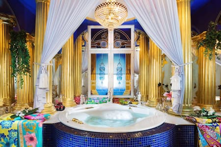 LUXURY SPA SUITE in a royal villa near Tampere