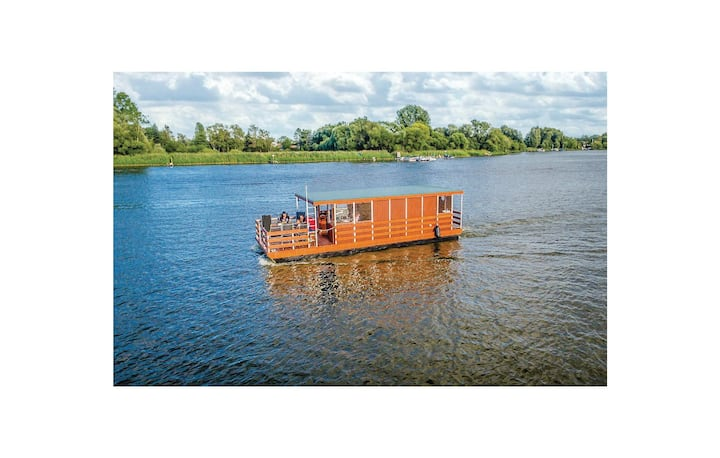 Houseboat with 2 bedrooms on 22m² in Havelsee OT Kützkow