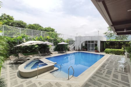★ Spacious Villa Private Hot Spring & Pool