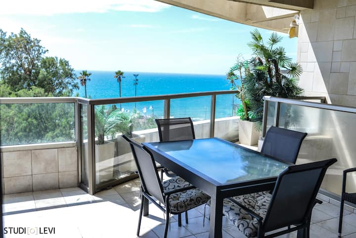 SUBLIME APPARTEMENT VUE MER