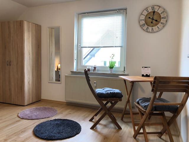 Trendy Apartment in Weiden