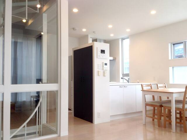 Riverside House. Cozy room 10mins to Osaka Sta. - Ōsaka-shi - Haus